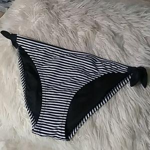 5/$25 VS bikini bottom sz s